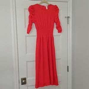 Beautiful Bright Orange Midi dress with a cinched